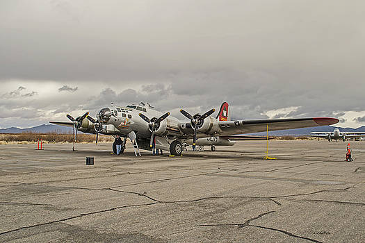 Allen Sheffield - B-17 Flying Fortress