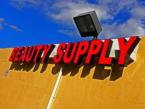 Elizabeth Hoskinson - Beauty Supply