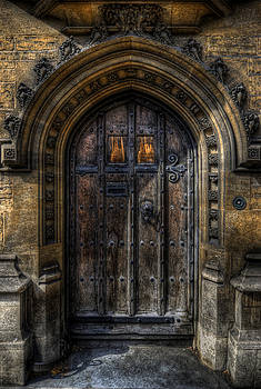Yhun Suarez - Old College Door - Oxford