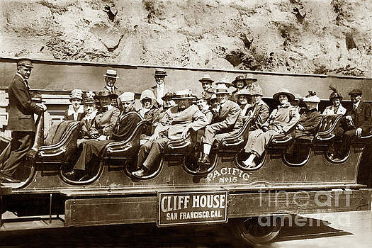 California Views Mr Pat Hathaway Archives - Pacific Siteseeing Co Bus No. 15 with a load of tourists on Point 1919