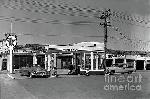 California Views Mr Pat Hathaway Archives - Lewis  Texaco gas station, Buick sales service Monterey 1952