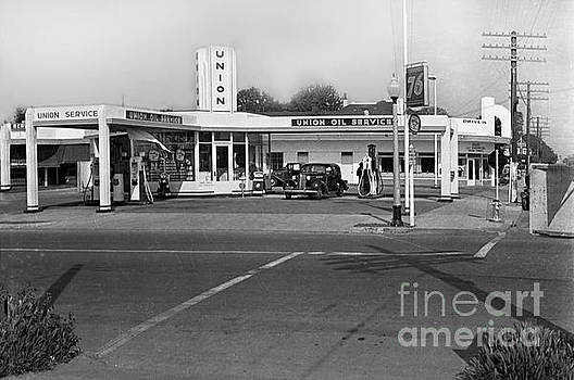 California Views Mr Pat Hathaway Archives - Union Oil Service 76 Gas Station Circa 1940
